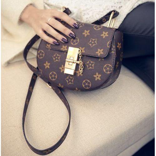 Купить недорого клатчи Louis Vuitton в интернет