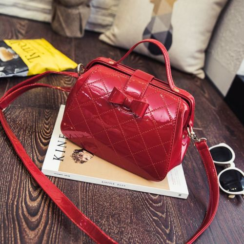 PROMO B89154 IDR.87.000 MATERIAL PU SIZE L22XH17XW13CM WEIGHT 750GR COLOR RED (ADA TALIPANJANG, 1RUANG)
